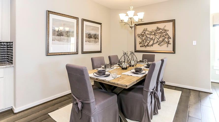 3.21 Dining Room