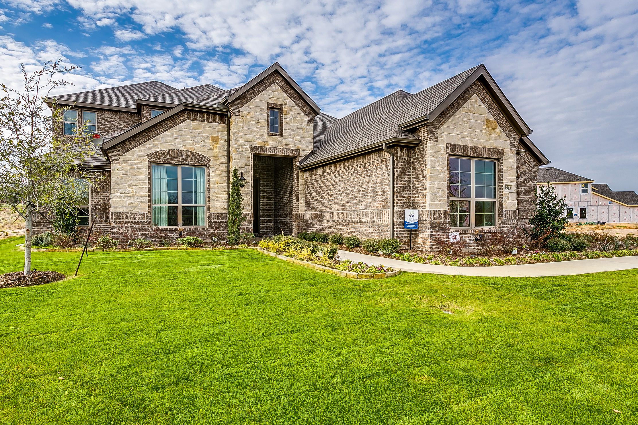 1913 Silver Falls - New Home for Sale in Burleson - 3