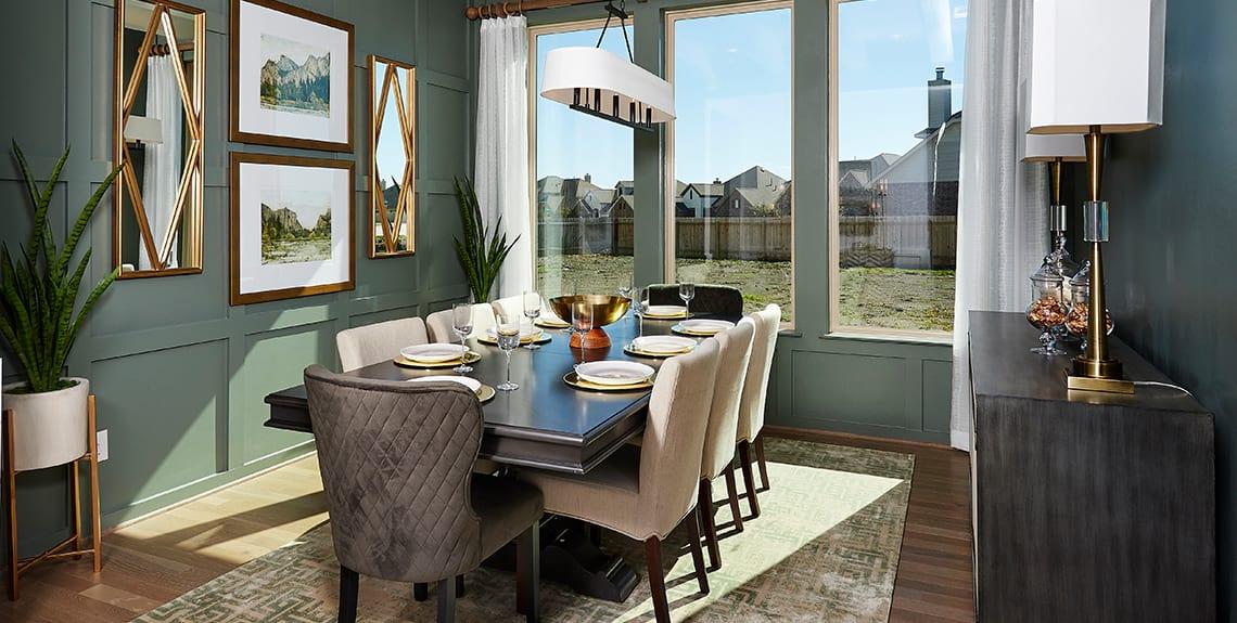 Brown Dining Room - Blackhawk